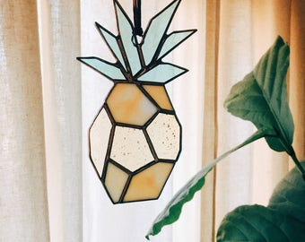 Brewer & Marr Stained Glass Pineapple