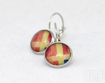 Pretty leverback earrings with a pixel cross design. Hippy style. Colorful earrings. Pixel earrings.