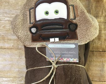 Tow mater, cars movie hooded towel, kids present, pool, beach and bathroom