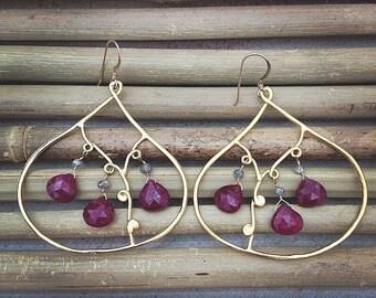Ruby Earrings / Labradorite Earrings / Gold Earrings / Bohemian Earrings / Gemstone Earrings