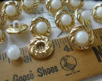 """Faux pearl & gold gilt shank buttons 5/8"""" 24L 15MM plastic 18 pieces retro wedding dress plastic jacket buttons paper tag supply cute bling"""