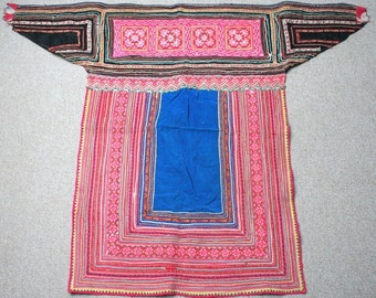 Textiles -  Hmong fabric / Hmong costume/ Miao fabric / Hmong embroidery panels - 602