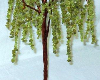 Crystal Tree Peridot Weeping Willow Sculpture (medium)