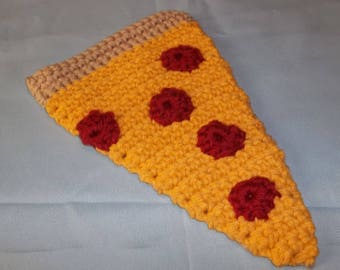Crochet pepperoni pizza slice