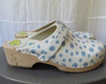 Blue Flower Clogs Vintage Swedish Wooden Clogs White & Blue Nurse Shoes Size 41 US Size 10