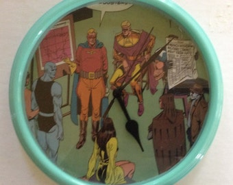 Watchmen Custom Wall Clock Decoupage Vintage Golden Alan Moore DC Comic Book Battery