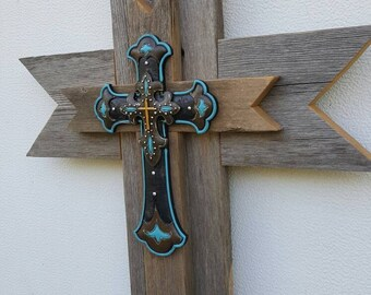 Western Reclaimed Wood Wall Cross, Turquoise Cross, Rustic Wood Wall Hanging Decor, Cowgirl gift, Cowboy Cross, Rustic Western Home Decor