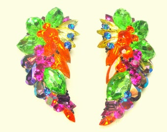 GLAM WOW Colorful Rhinestone Clip Earrings,Lime Pink Orange Purple White, Flashy Fantabulous, All Glass 1980s On Lucite