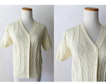 Cream Cardigan Sweater 70s 1970s Short Sleeve Shrug Acrylic Knit V-neck Size Small Boho Bohemian Hippie