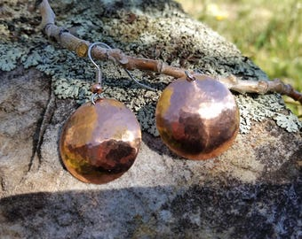 Hammered copper domes, round, 7th anniversary gift, sparkle, dangles