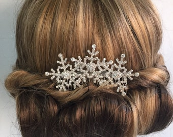 Snowflake hair accessories - Winter snowflake hair comb -Wedding hair comb -  Bridal hair accessories.