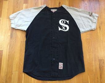 Vintage Chicago White Sox baseball jersey size L activewear pinstripe mirage first string MLB cooperstown collection authentic sportswear