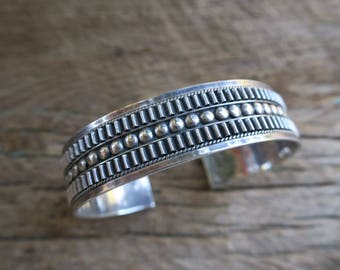 Vintage Sterling Silver Stacking Cuff. Native American Vintage Sterling Silver Cuff. Boho Bohemian Women's Jewelry. E0014