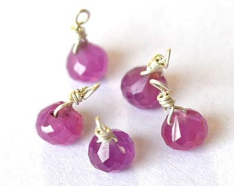 Gorgeous 1 small Sapphire onion Pink Pearl on silver wire