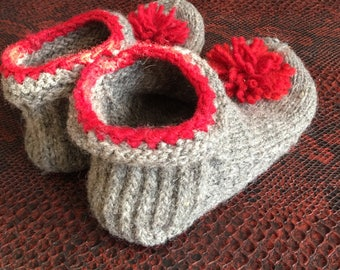 Dark Grey Sheep wool slippers with leather soles size 5-6