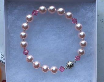 Swarovski Rose pearls and Swarovski bicone beads braclet