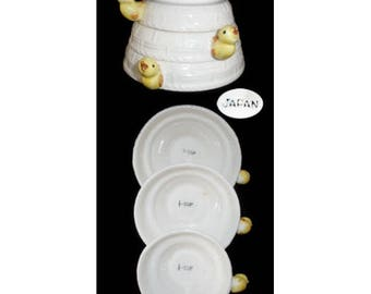 Vintage RARE Stacking Measuring Cup Set with Chick Handles - Japan