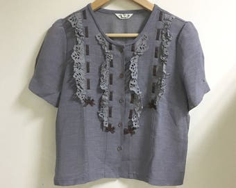 Ruffle front button down blouse gray short sleeves
