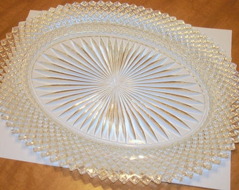 Oval Glass Tray-Plate Vintage Cut Glass Napcoware Sunburst & Herringbone Designs Elegant Serving Plate Cookie Tray Snack Plate Perfume Tray