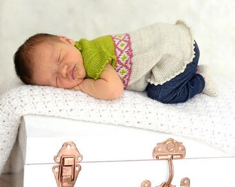 make your own Petite Wrapper (DIGITAL KNITTING PATTERN) infant baby toddler