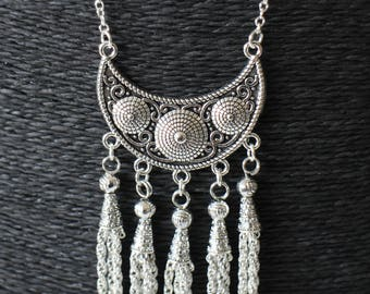 DIY KIT necklace silver half moon, PomPoms and fine metal chain