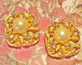 Vintage Gold and Pearl Ornate Clip Earrings With Rhinestones