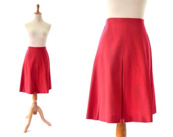 red skirt,  vintage skirt, 1960s skirt, 60s skirt, mini skirt, wool skirt, medium skirt, large skirt, pleated skirt, mod clothing