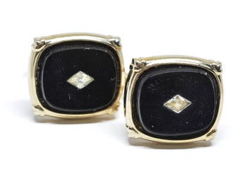 Gold tone cuff links