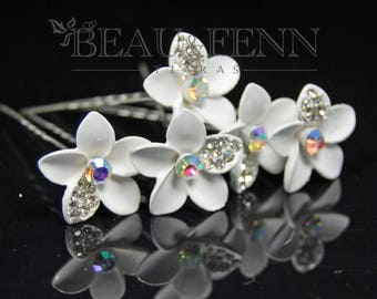 Set of 5 white flower & crystal hair pins clips accessories