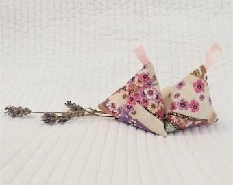 Two lavender pyramids, lavender sachets, Japanese sachets, scent freshener, sakura, Japanese gift, gift for Mum, Mother's Day gift