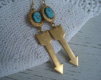 SALE Heading West Vintage Turquoise Matrix Glass Southwest Victorian Tribal Gold Arrows Earrings