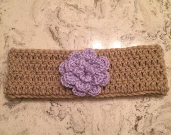 Crocheted headband with flower