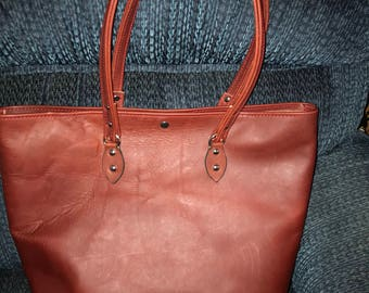 Large Leather Tote  (P16)