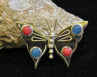 Taxco silver love easy with this Butterfly Brooch marked 925 TZ-14