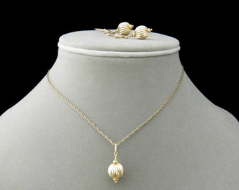 Gift Set -  Gold  Necklace Earrings Gift Set, Gold Sphere Jewelry Set, Necklace & Earrings Set