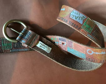 FOSSIL Unisex WordArt Logo Vintage Leather Belt