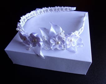 White satin ribbon wedding headband and lace bridal kanzashi flower headband
