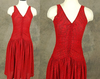 vintage 70s Dress - 1970s Ruched Dropwaist Dress - 1970s Red and Black Chevron Sun Dress Sz S