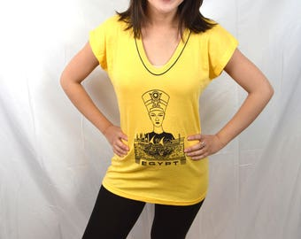 Vintage 1970s Yellow 70s Fitted Egypt Womens Tee Shirt Tshirt