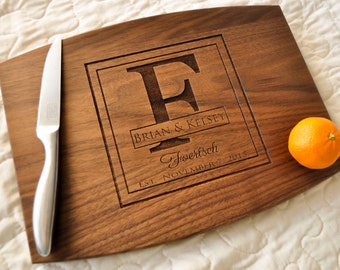 Personalized Cutting Board - Custom Cutting Board, Personalized Wedding Gift, Housewarming Gift, Anniversary Gift, Couple Cutting Board