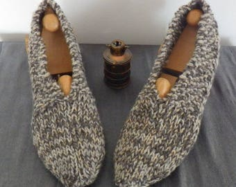 Hand knitted slippers, man or woman 38/40