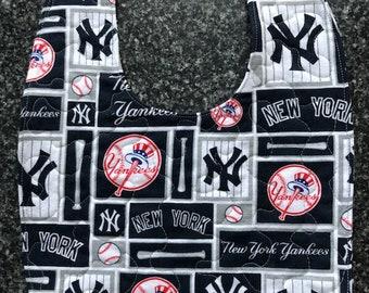 Baby Bib - New York Yankees