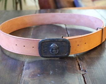 Natural Tan leather Belt with Navy Divers buckle