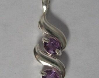 Rare! Natural purple sapphire & sterling silver 925 pendant