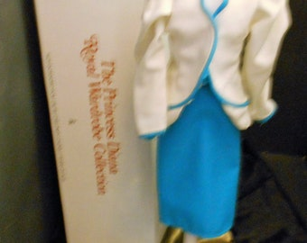 Princess Diana Royal Wardrobe collection  WHITE and TURQUISE Blue suit