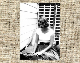 Sylvia Plath photograph, Sylvia Plath black and white photo print, Sylvia Plath vintage photograph, legendary poets, iconic writers