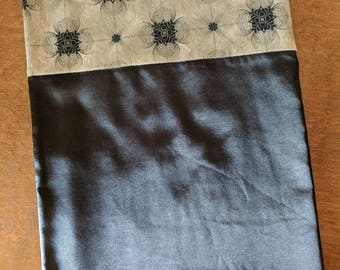 Flannel Lined Satin Pillowcase