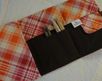 Picnic Plaid Interchangeable Knitting Needle Case
