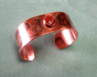 Brown lacy agate and etched copper cuff