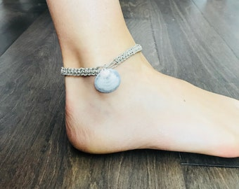 Seashell hemp anklet